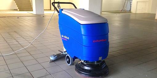 Čištění a mytí podlah